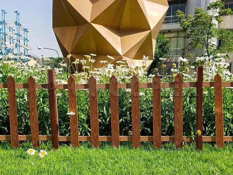 نرده کاربردی چوب پلاست