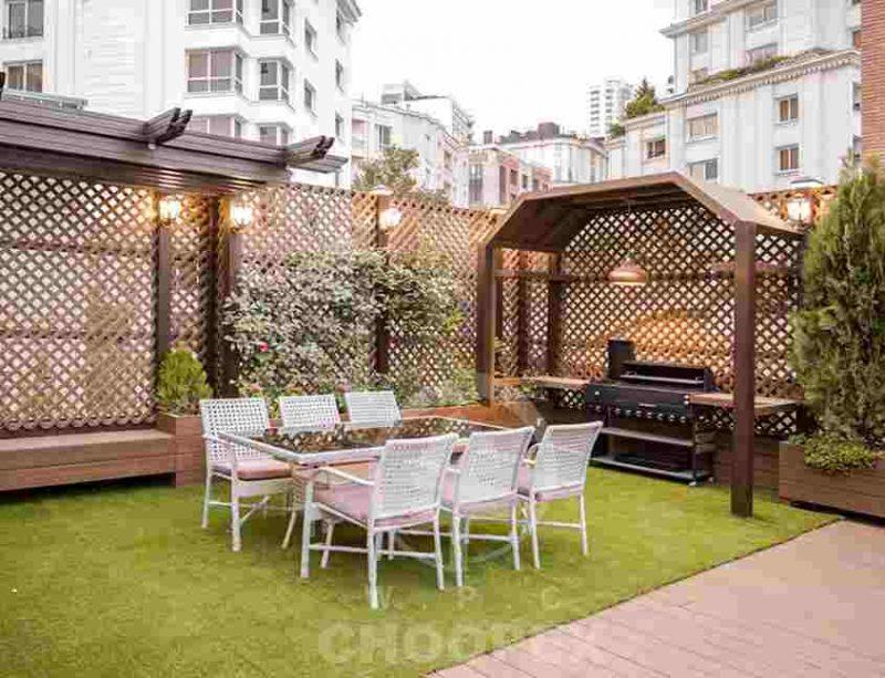 باغبام باغ سبز چوب پلاست