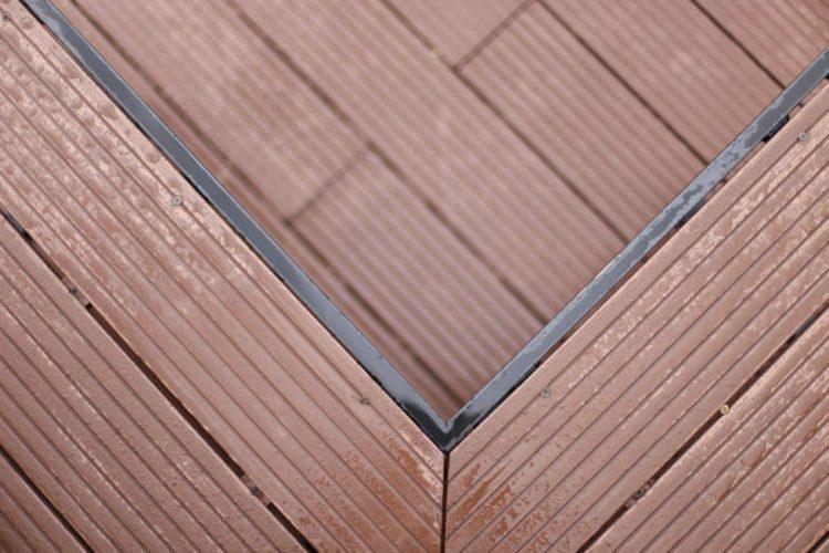 انواع پروفیل چوب پلاستیک با رنگ تیره